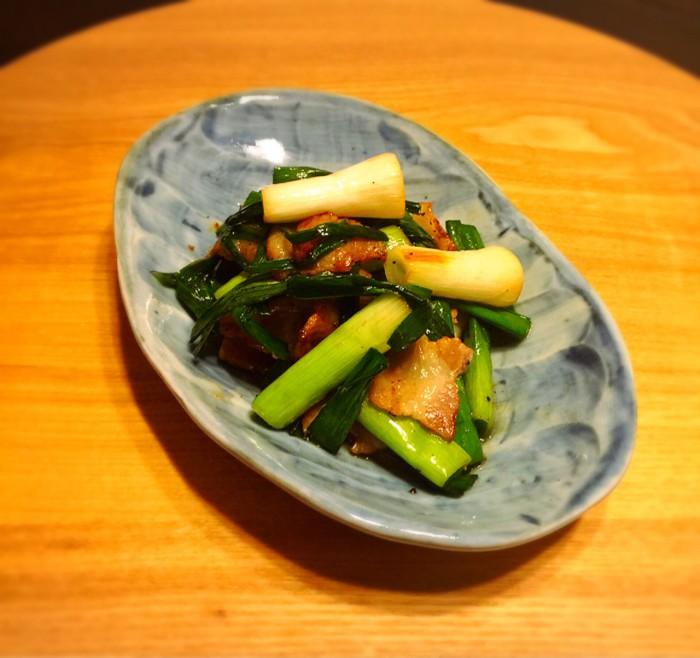 青だ円皿-4