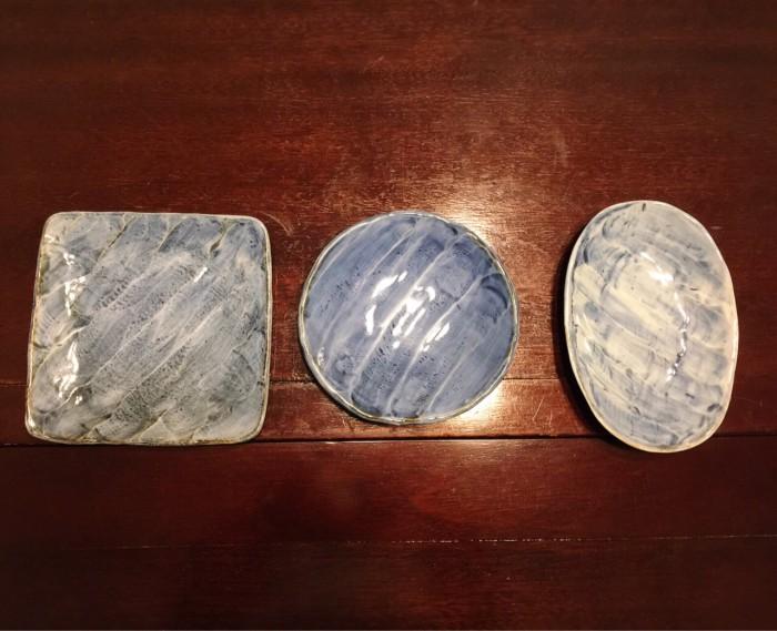 青だ円皿-1